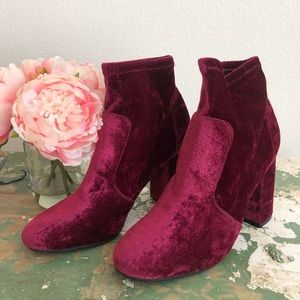 ABOUND {Nordstrom} Burgundy Velvet Sock Booties 8